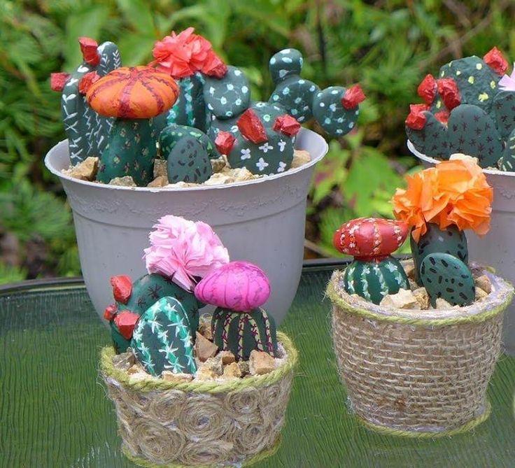 bricolage facile de cactus en galet décoratif