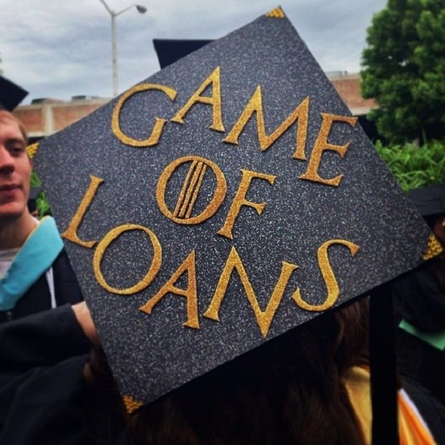 This Game of Loans graduation cap decoration idea is TOO good.