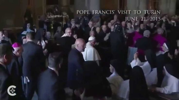 Pope venerates Shroud of Turin