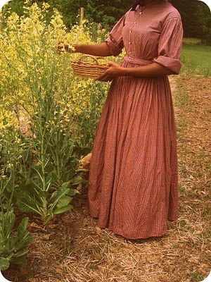 I wish fashion was this simple today.  I think I was born in the wrong era.  Yes this is a plain dress but it represents a time in history when bare essentials were good enough and nothing was wasted.
