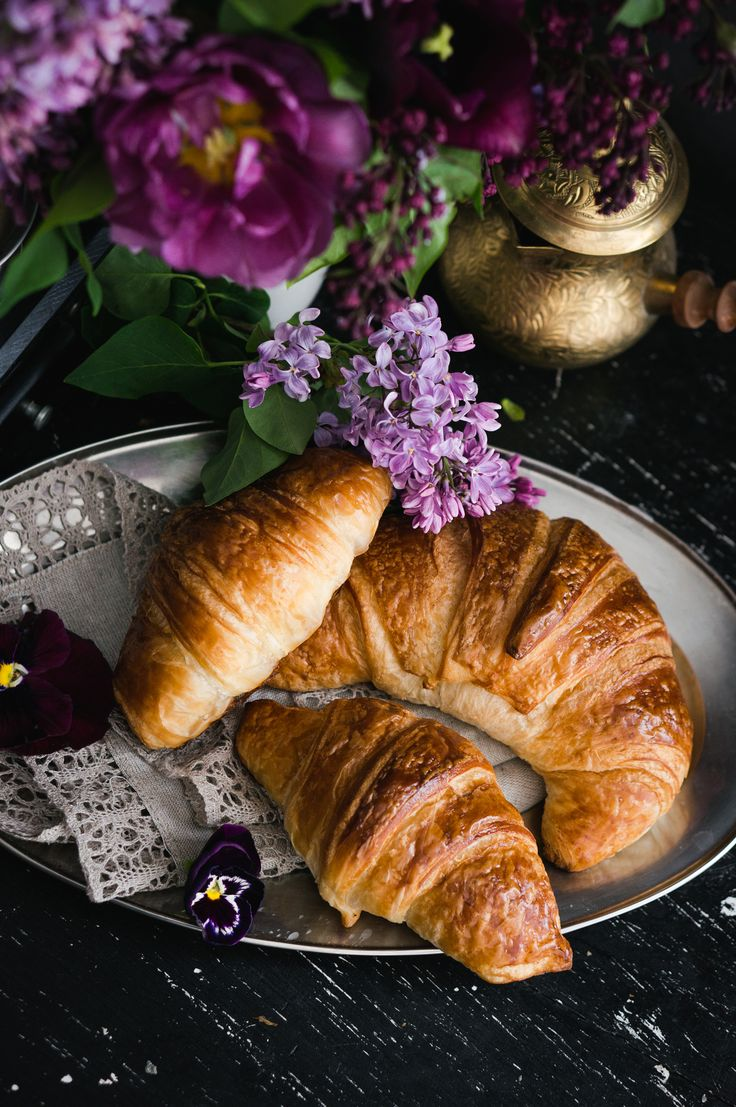 Good morning. Liliac croissant and coffee