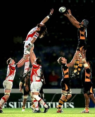 Marco Wentzel (top right) of Wasps wins a lineout during the Amlin Challenge Cup