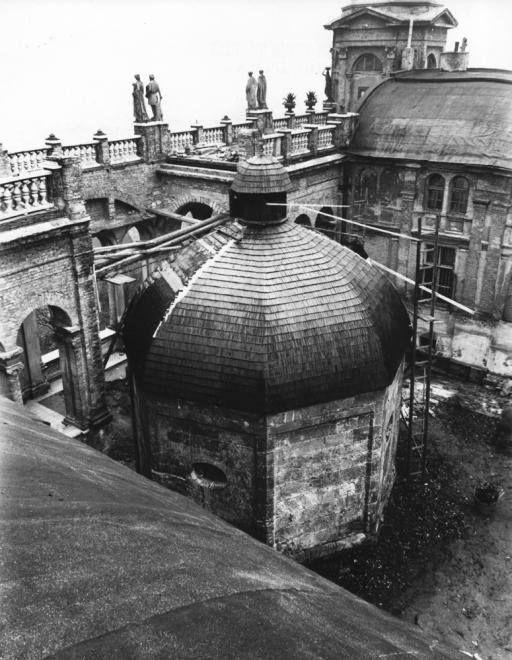 1940. Gül Baba türbéje és a köré épített Wagner villa,