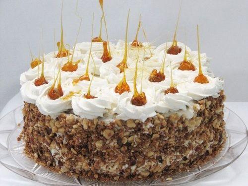 Tort cu ciocolata, bezea si crema de lapte - imagine 1 mare