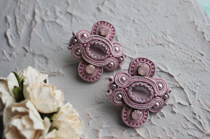 Парные брошки на воротничок рубашки 😍 ручная работа  Unique handmade jewelry