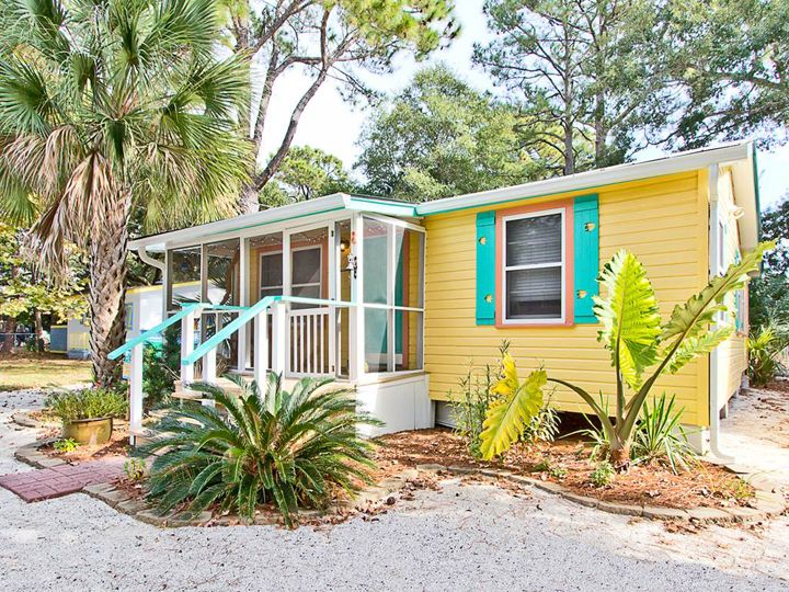 529 best images about home by the sea exterior paint colors on pinterest beach cottages - Paint for mobile homes exterior ...