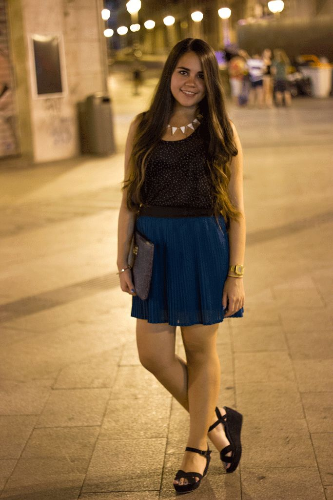 Downtown Madrid at Midnight.  #Madrid #Pleated #Skirt #Green #Ombrehair #Longhair