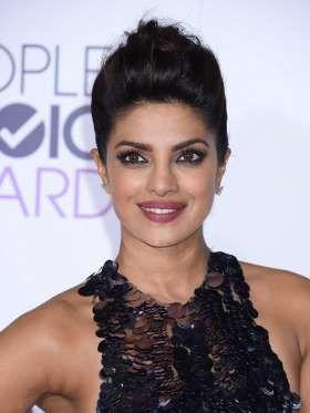 Si fue nombrada Miss Mundo en el año 2000, no fue por casualidad. Esta joven actriz bollywoodiense y... - zelebtv.es