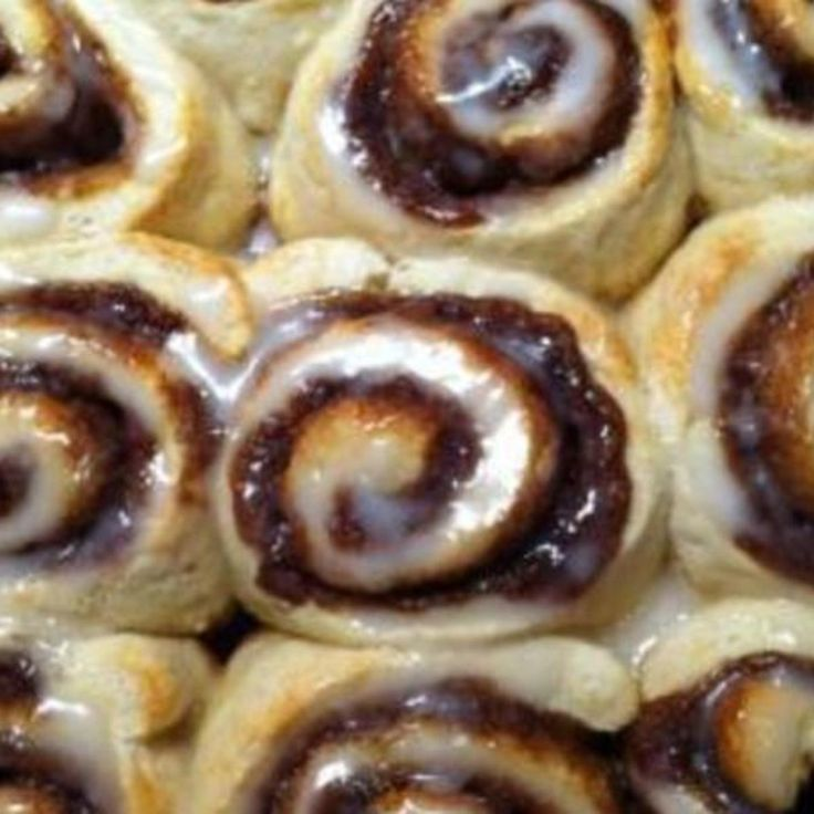 QUICK CINNAMON ROLLS - NO YEAST!