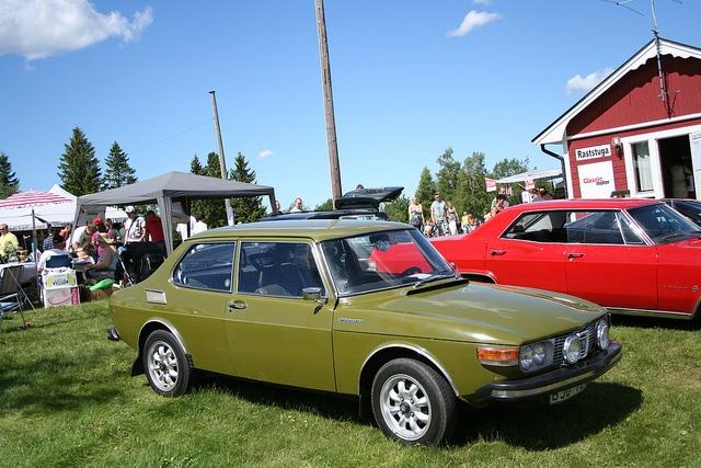 Classic Saab by Drontfarmaren, via Flickr