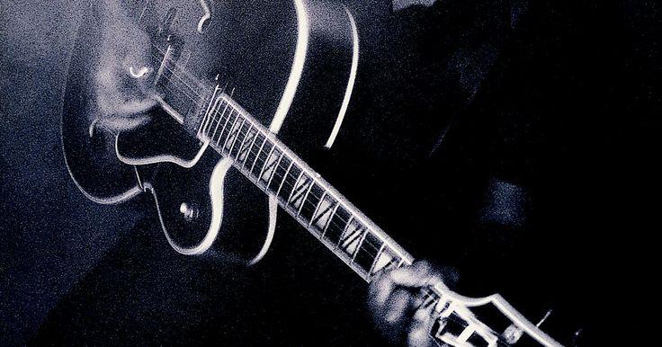 Cordas mais populares para guitarras de jazz com um único captador no pescoço. As cordas são um aspecto importante do tom e da facilidade de se tocar uma guitarra. Elas trabalham em conjunto com os captadores e com a guitarra em si para produzir uma série de tons. As guitarras de jazz são conhecidas por seu tom cheio e morno, e os guitarristas de jazz são conhecidos por ser exigentes em sua escolha de cordas. Devido à ...