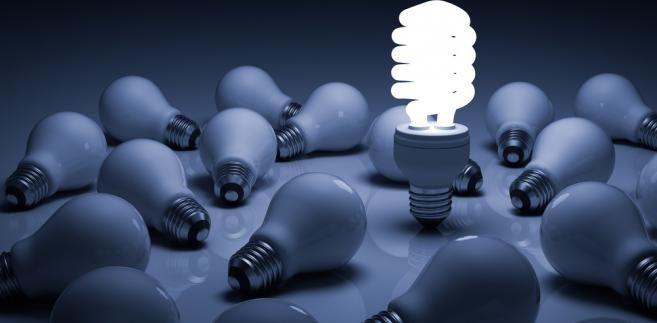 W Polsce jest prawie 14 mln gospodarstw domowych, jednak niewiele osób decyduje się na poszukiwanie tańszego dostawcy energii.