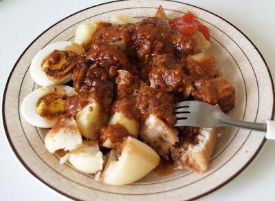 Siomay Bandung | Menu Resep Masakan Praktis Our fave: tambahkan parutan labu siam 1/2 buah utk 250 gr ikan, plus parutan wortel dan irisan daun bawang pada adonan somay