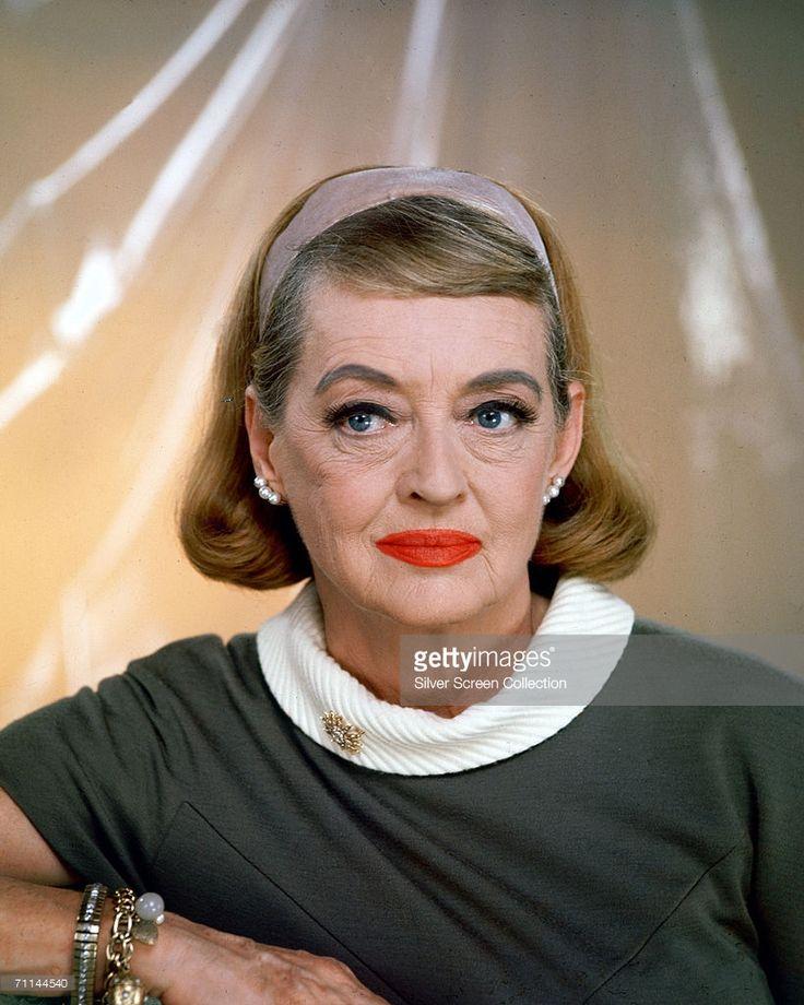 Photo d'actualité : American actress Bette Davis , circa 1968.