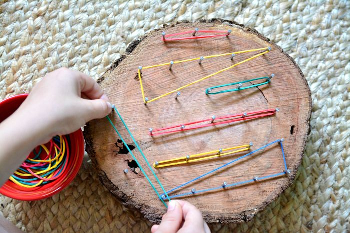 Natural Geoboard at How we Montessori, Diy Crafts for Kids, string art, rubber band art