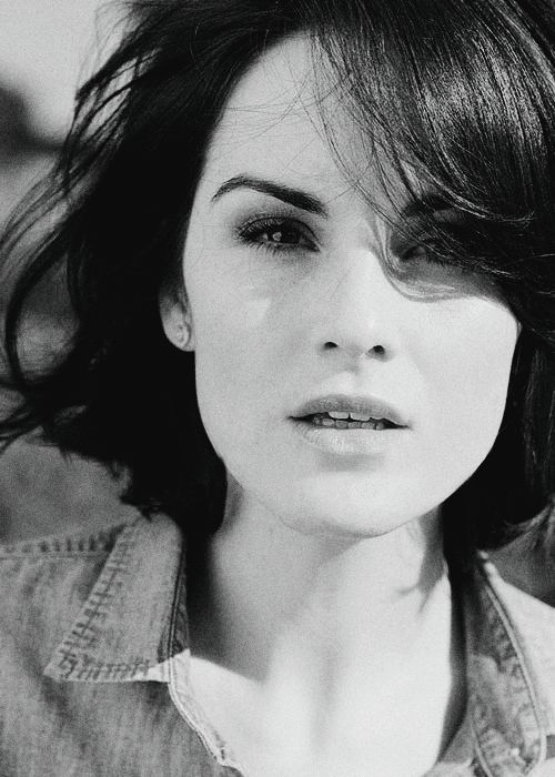 The beautiful Michelle Dockery who plays Lady Mary.