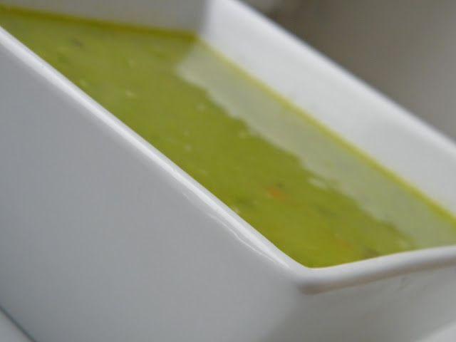 Hrášková krémová polévka  http://www.veseleboruvky.cz/2012/04/hraskova-kremova-polevka.html