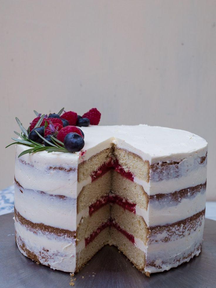 Beeren-Törtchen Rezept. Der perfekte Naked-Cake zur Hochzeit.