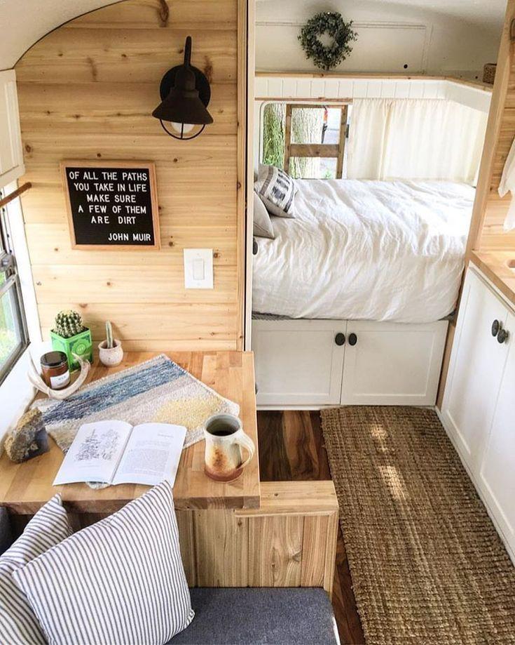 Best 25 motorhome interior ideas on pinterest camper interior camper renovation and camper - Decoracion interior caravanas ...