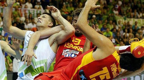 #España ya conoce la dificultad que entraña conquistar su tercer #Eurobasket consecutivo. La derrota ante #Eslovenia debe hacernos reflexionar. Hay que madurar en defensa y actuar como un equipo tras las señales de aviso de #Celje