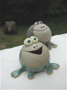 Collectable Miniature Pottery Frog