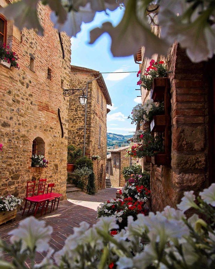 BEVAGNA, in provincia di Perugia (Umbria) Weekend