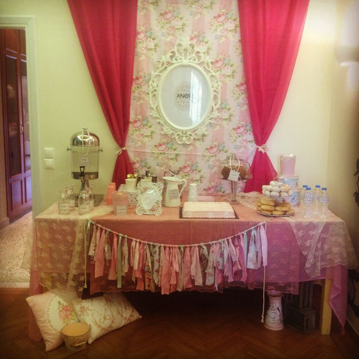 Romantic party Vintage pink flowers party