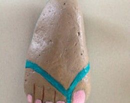 "AN INTERESTING ""ROCK FOOT"" - a gazillion ideas for painting stones - and tips for painting."
