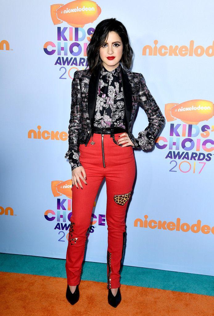 Laura Marano Photos Photos - Nickelodeon's 2017 Kids' Choice Awards - Arrivals - Zimbio
