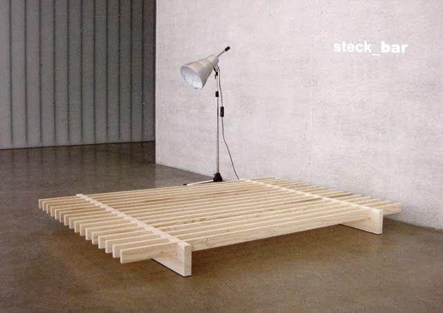 die besten 17 ideen zu bettrahmen auf pinterest schicke bettw sche holzpaletten bett und bett. Black Bedroom Furniture Sets. Home Design Ideas