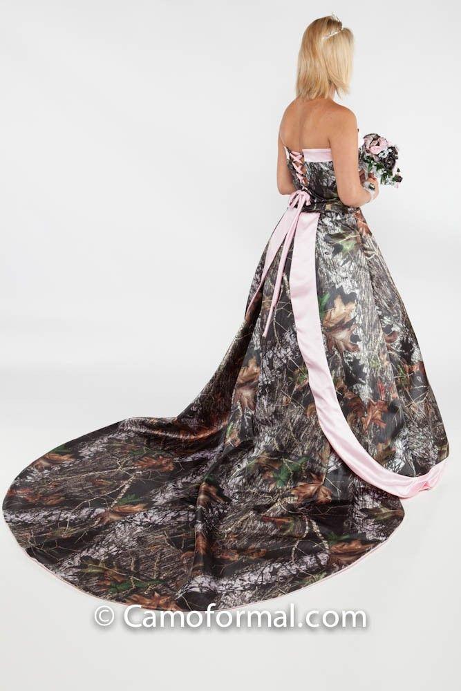 89 best camo weddding dress images on pinterest weddings for Mossy oak camo wedding dress