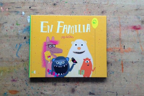 Título: En familia Autora e ilustradora: Olga de Dios ISBN: 978-84-608-4027-5 Editorial: La Casa Encendida Fecha primera edición: diciembre 2015