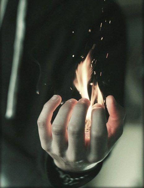 Gabe: Gegenstände entzünden können, selbst nicht brennen