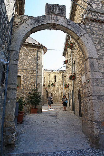 """Castropignano (Campobasso), Molise, Italy """"L'arco della croce"""" by rino_savastano, via Flickr"""