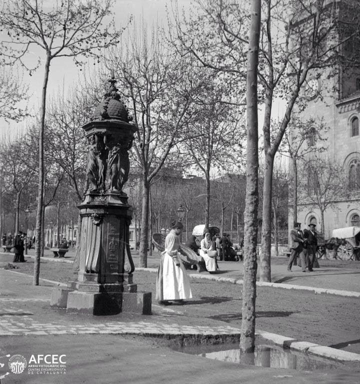 Mejores 1786 im genes de barcelona recuerdos en pinterest - Placa universitat barcelona ...
