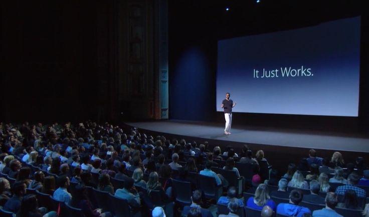 Sacha Baron Cohen se inspira en la keynote de Apple para promocionar su nueva película - http://www.actualidadiphone.com/sasha-baron-cohen-se-inspira-la-keynote-apple-promocionar-nueva-pelicula/