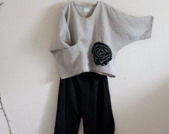 linnen outfit zwarte bloem natuurlijke linnen top en ninja broek gemaakt op bestelling
