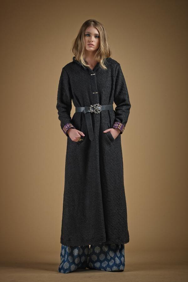 Violet Sky Coat Black