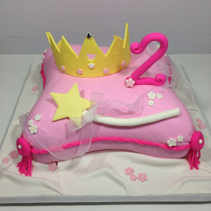 Princess Pillow Cake Images : 53 best Patchwork Cakes images on Pinterest Patchwork ...