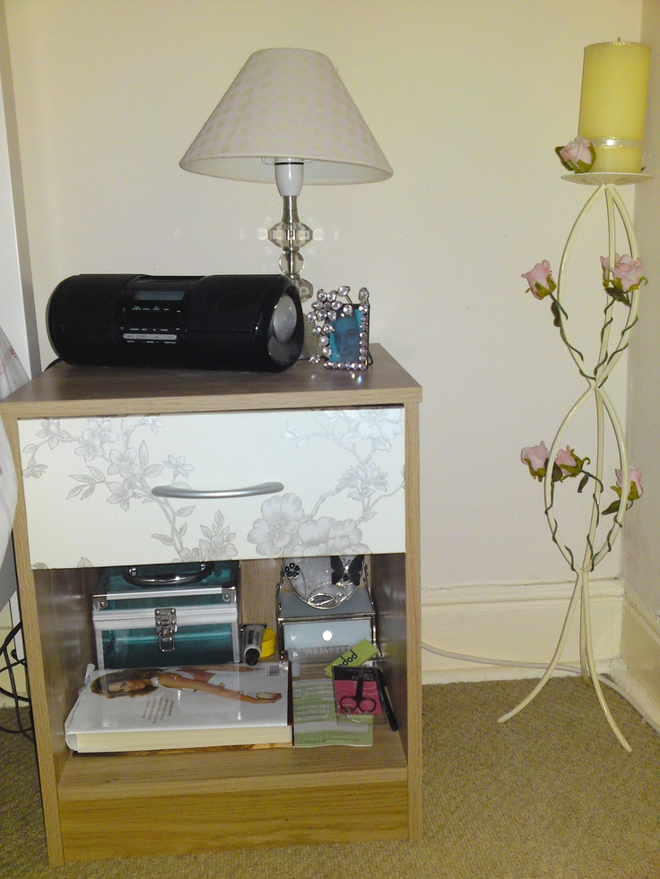 My Bedside Table: My Upcycled Bedside Table