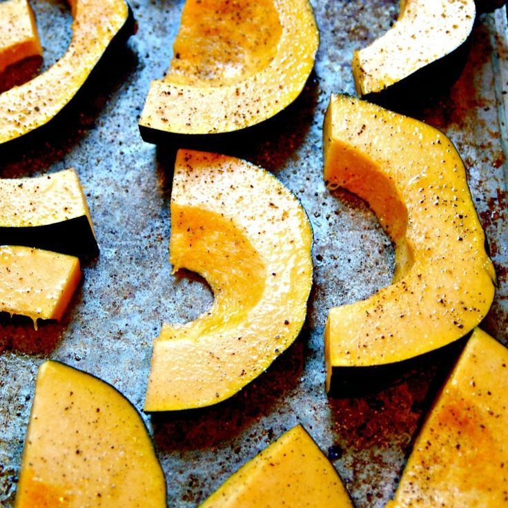 How to Bake Acorn Squash + Roasted Acorn Squash Recipe | The Average RD