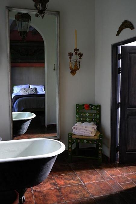 .Decor Ideas, Bathroom Colors, Modern Bathroom Design, Decor Bathroom, Clawfoot Tubs, Upstairs Bathroom, Bathroom Interiors Design, Bathroom Decor, Design Bathroom