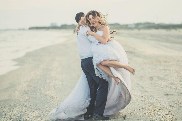 Trash the Dress by picturesque.ro #picturesque #ttd #trashthedress #weddings #weddingphotography #weddingphotographer #seaside #photoshoot #photosession #brideandgroom #sea #bridedress #romantic #love #lovestory #hug #lovers #professionalphotographer #happy