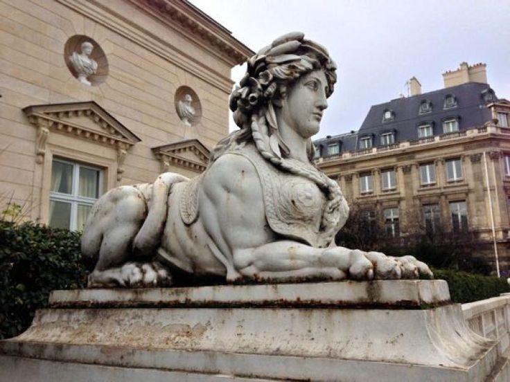 Sphinx (2) – Musée de la Légion d'Honneur – Paris