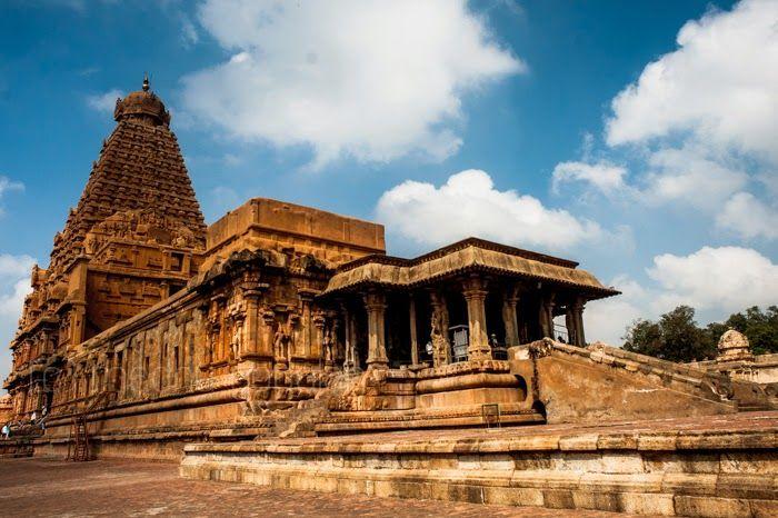 Brihadeeshwara Temple, Tanjore | Chola Temple | Tamil Nadu, India | World Heritage Site