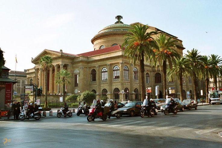 Театр Массимо – #Италия #Сицилия #Палермо (#IT_82) Крупнейший оперный театр Италии. http://ru.esosedi.org/IT/82/1000236854/teatr_massimo/