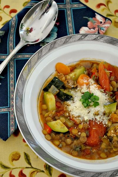 Italian Lentil Soup-An Italian tradition to eat on New Years eve to bring good luck. Make a nice, big pot and share some good luck with your loved ones!