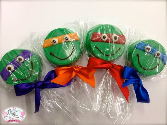 Edible Birthday Favors Teenage Mutant Ninja Turtle Oreos Frost the Cake