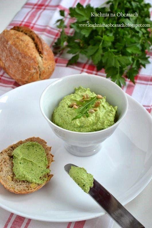 kuchnia na obcasach: Pasta kanapkowa z rukolowym pesto