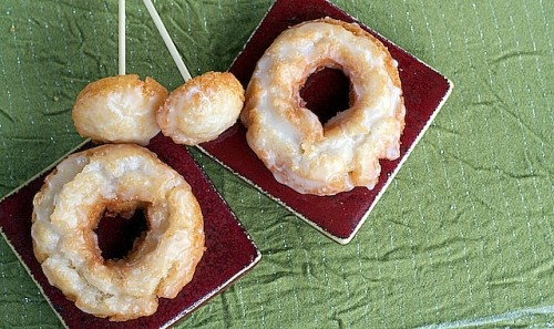 Old fashioned doughnuts - I've always wondered what made the old-fashioned doughnuts look that way. The dough is fried at a lower temperature than the ordinary puffed ones. They are flipped twice which makes them extra crispy and fat-free